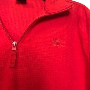 | starter pullover |
